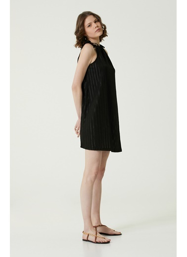 NetWork Kadın 1073849 Regular Fit Çizgili Mini Elbise Siyah